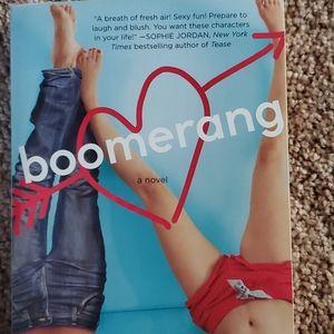 3/$9 Boomerang by Noelle August